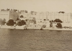 Palace from the lake, Udaipur 10127